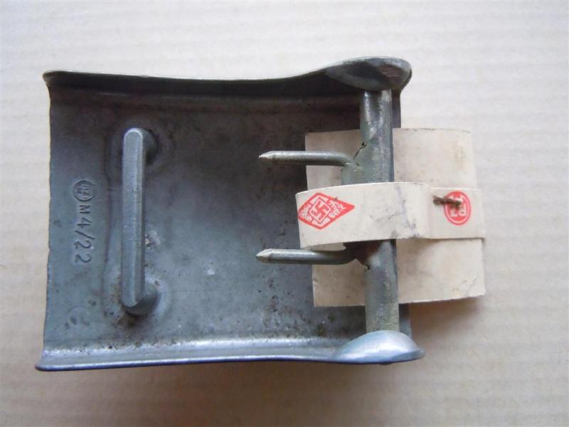 Boucle HJ (zinc) avec étiquette RZM -  RZM M4/22 -  CTD Dscn9716