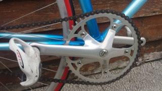 Besoin de vos avis d'experts ! Vélo course amateur années 90. Img-2027
