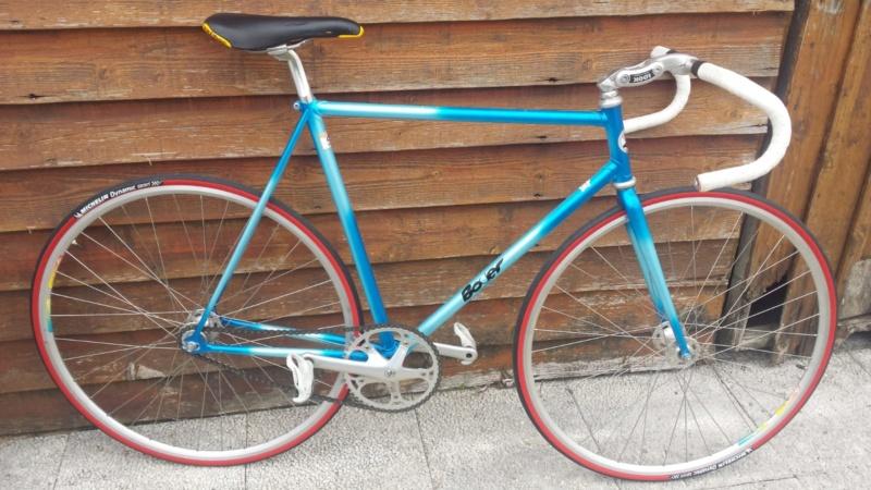 Besoin de vos avis d'experts ! Vélo course amateur années 90. Img-2028