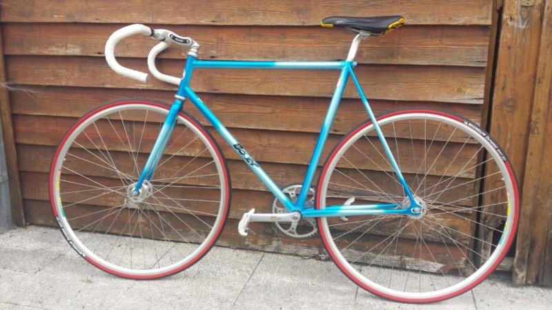 Besoin de vos avis d'experts ! Vélo course amateur années 90. Img-2029