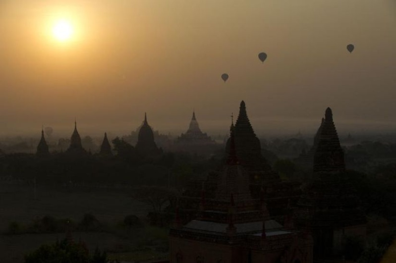 Balloons over Bagan 55447110