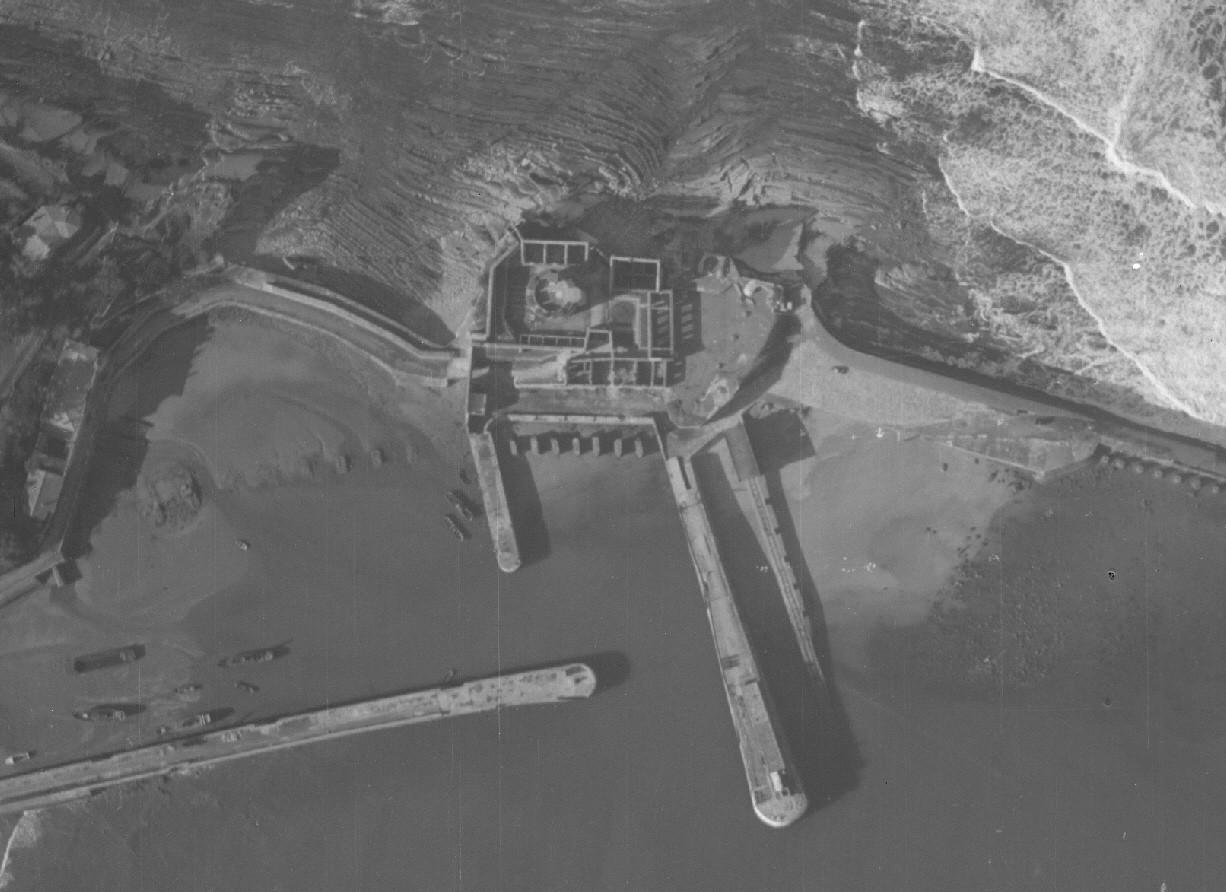 Reservoir à carburant du fort de Socoa. Vue11