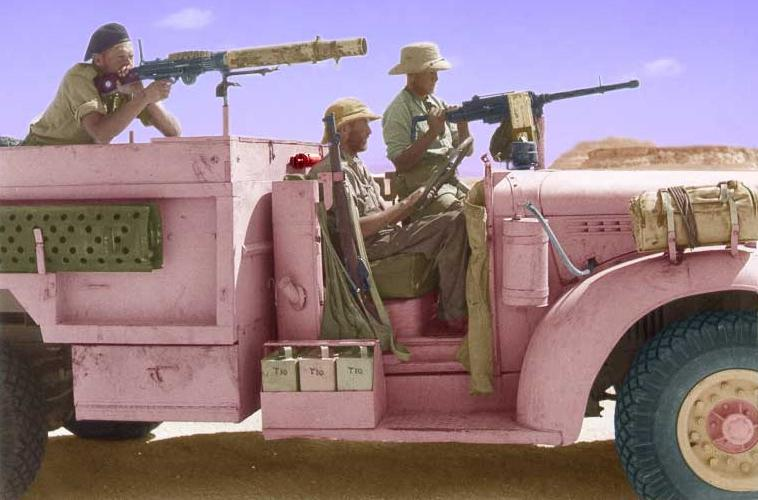 LRDG Chevrolet 30CWT with Breda - Page 2 Pink10