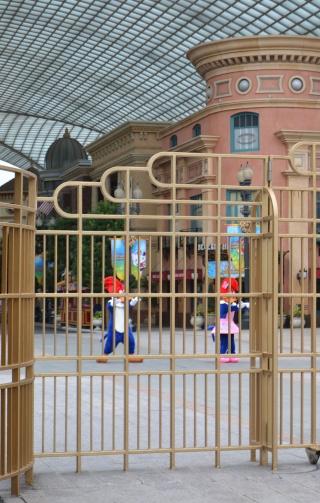 Belgian Geishas lost in Crazy Japan: Universal Studios Japan & Tokyo Disneyland + Disney Store [terminé] Dsc_1246
