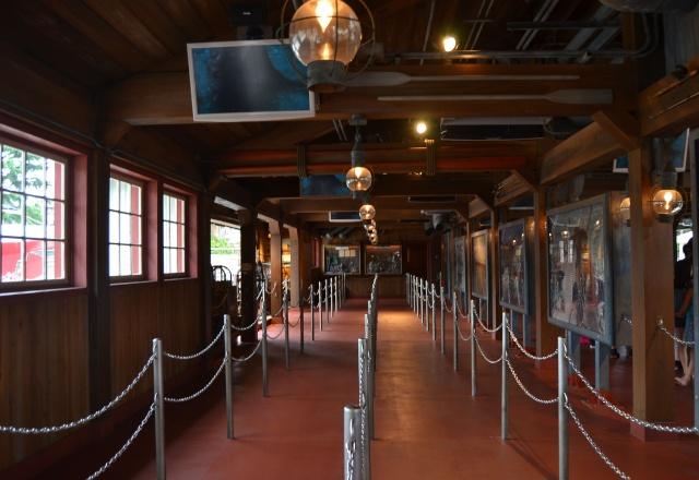 Belgian Geishas lost in Crazy Japan: Universal Studios Japan & Tokyo Disneyland + Disney Store [terminé] Dsc_1347