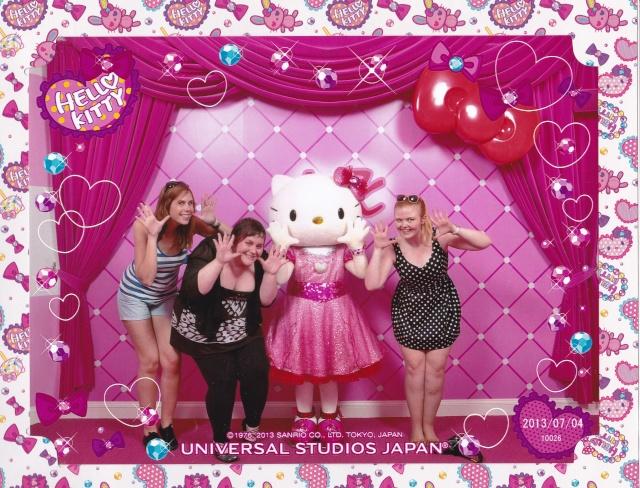 Belgian Geishas lost in Crazy Japan: Universal Studios Japan & Tokyo Disneyland + Disney Store [terminé] Hello_11