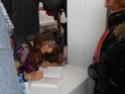 Laetitia Milot au salon du livre de Paris 2013 Dscn0430