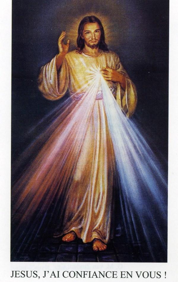 Tswv Ntuj txoj kev Khuv Leej Neeg.( Neuvaine à la Divine  Miséricorde) - Page 3 Christ10