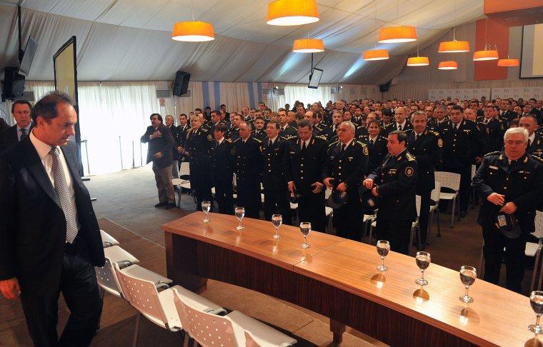 SEGURIDAD - El Gobernador anunció batería de acciones por la seguridad ciudadana 00139