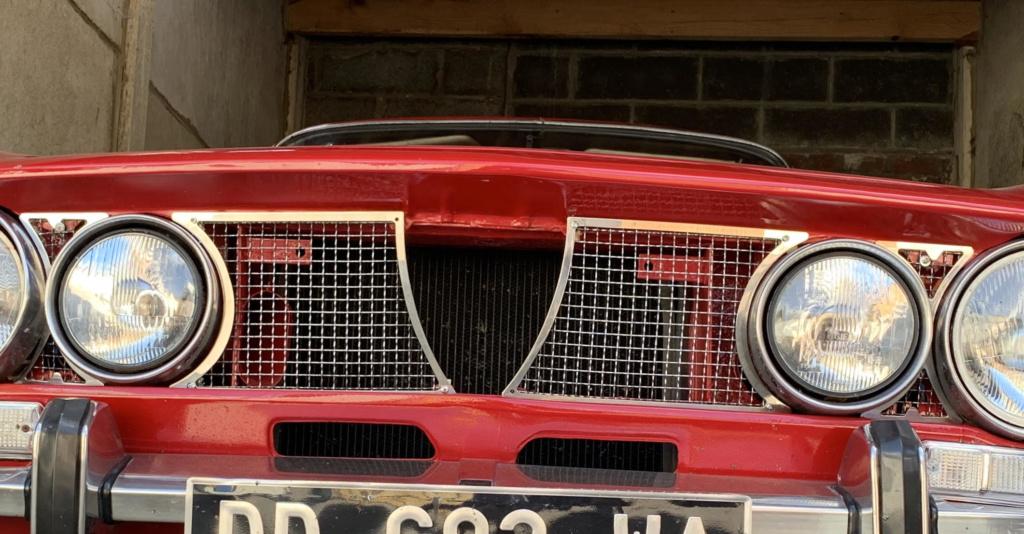 Pose coeur de calandre sur GTV 2000 Unname14