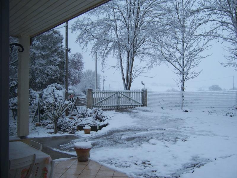la neige est-elle arrivée chez vous ?  - Page 3 100_6910