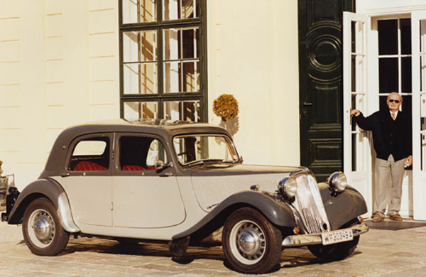 Traction Avant made in England 24nlig10