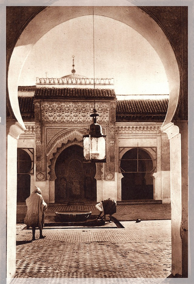 La Féerie Marocaine - Page 8 Scan_189