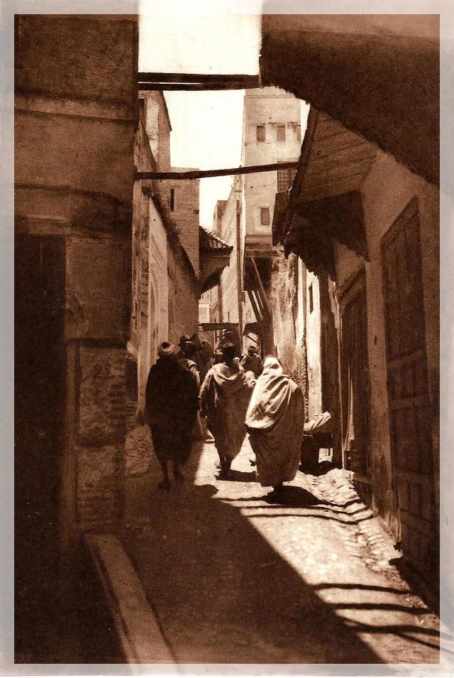 La Féerie Marocaine - Page 8 Scan_193
