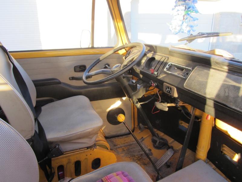 Vend combi VW 1976 équipé d un toit viking Img_0114
