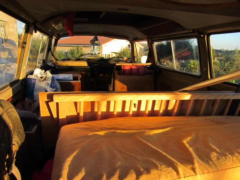 Vend combi VW 1976 équipé d un toit viking Img_0117