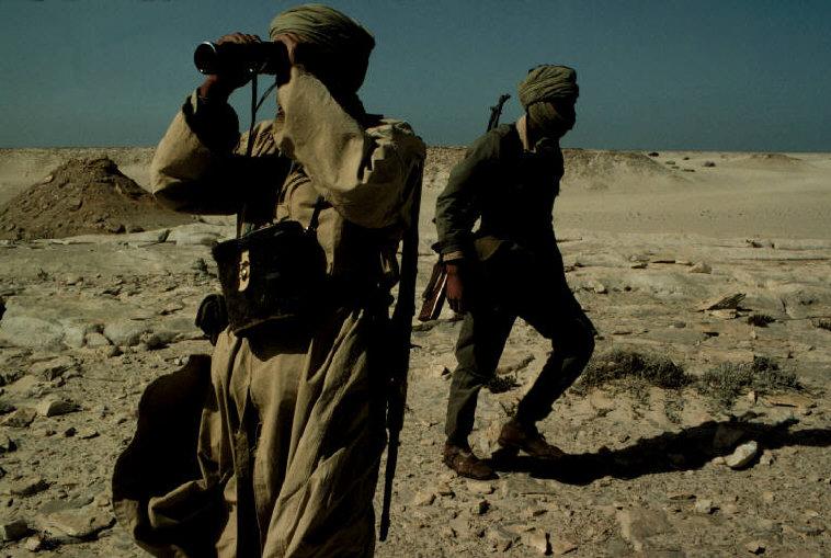 Le conflit armé du sahara marocain - Page 2 Sahara47