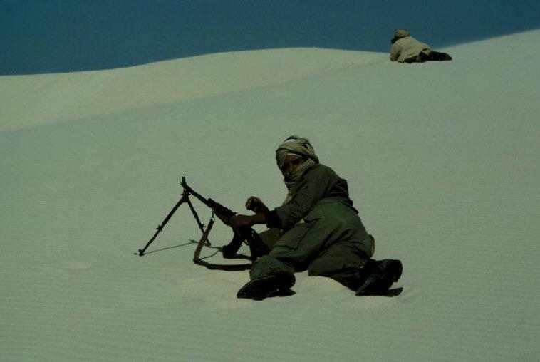Le conflit armé du sahara marocain - Page 2 Sahara54