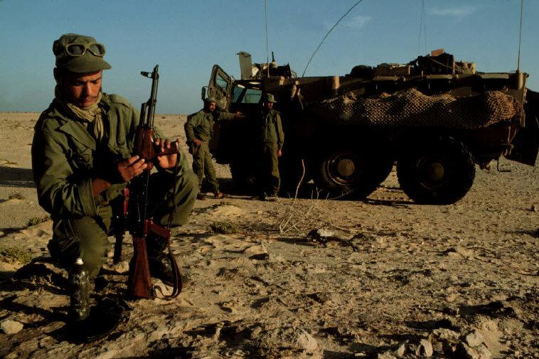 Le conflit armé du sahara marocain - Page 2 Sahara59
