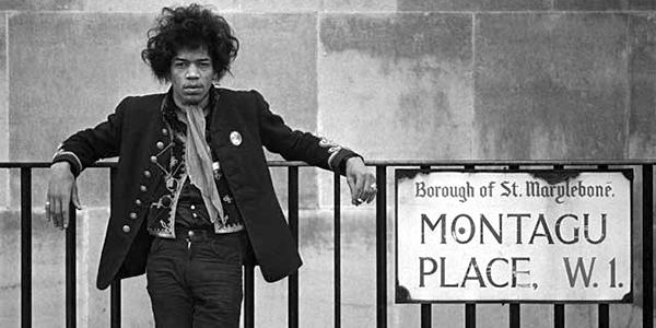Pour les fans de Jimi Hendrix  Jimi-h10