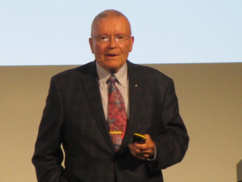 Fred Haise à Lucerne le 12 octobre 2018 Thumb_11