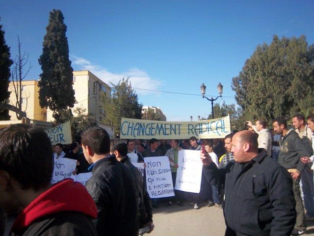 Photos Marche du RCD (Bgayet un 29 janvier 2011) - Page 2 18063310