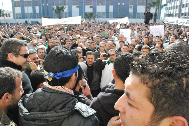 Photos Marche du RCD (Bgayet un 29 janvier 2011) - Page 2 Untitl11