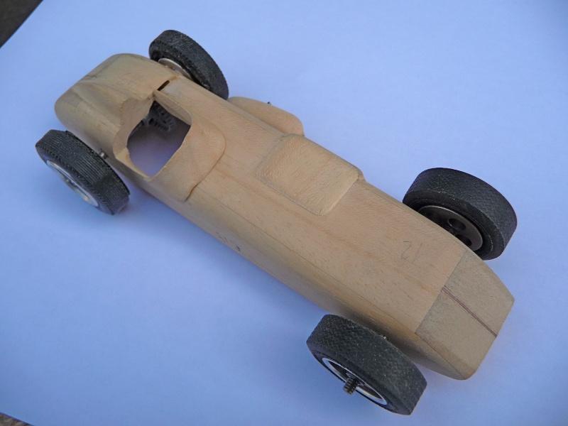 SLOT Indy 500  CHENOWTH au 1/24 P1070825