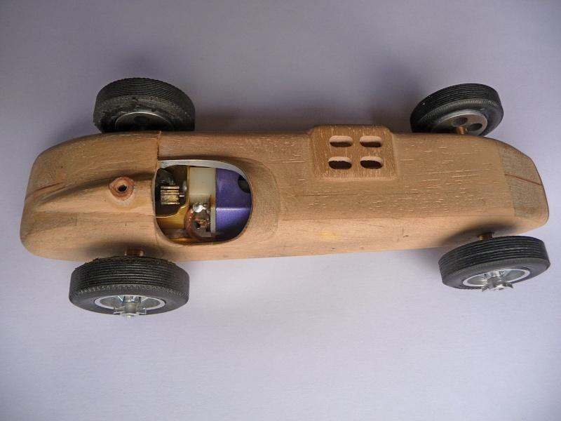 SLOT Indy 500  CHENOWTH au 1/24 P1070922