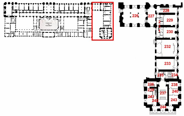 Qui habitait le Château de Versailles? - Page 4 25870610