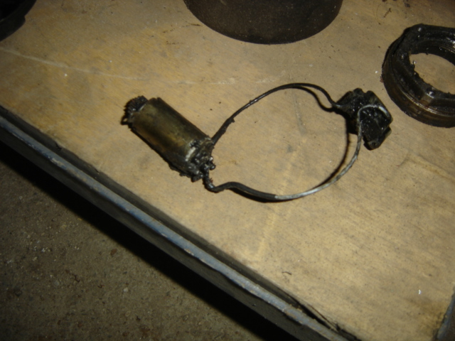 [Question] Charbon moyeux électriques sur LJ73 Dsc06519