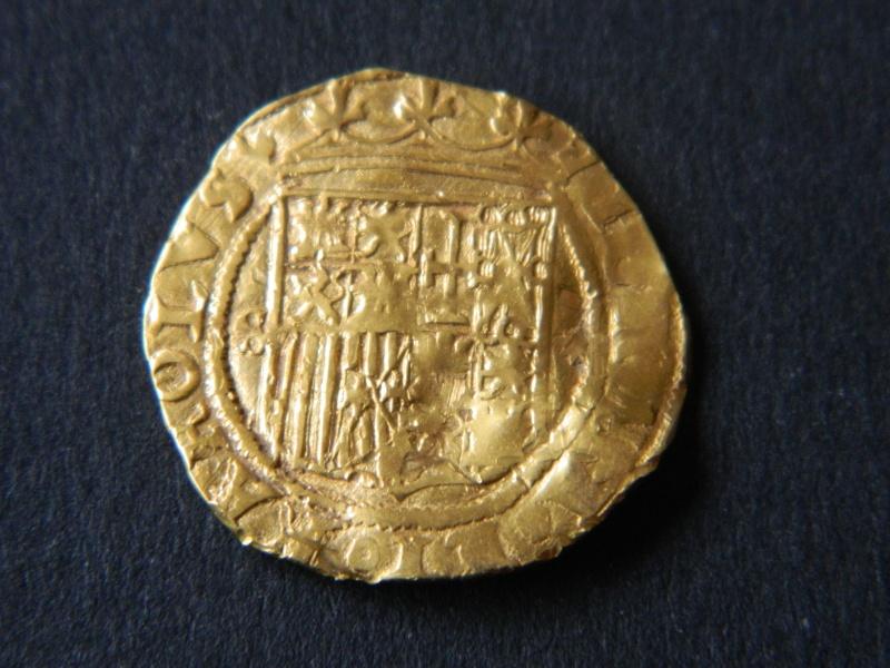 Un escudo Jeanne & Charles Ier d'Espagne de l'atelier de Séville S112