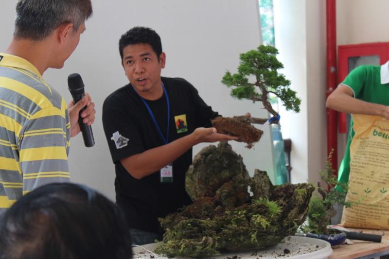 Vietnam International bonsai show - Page 2 Img_3215