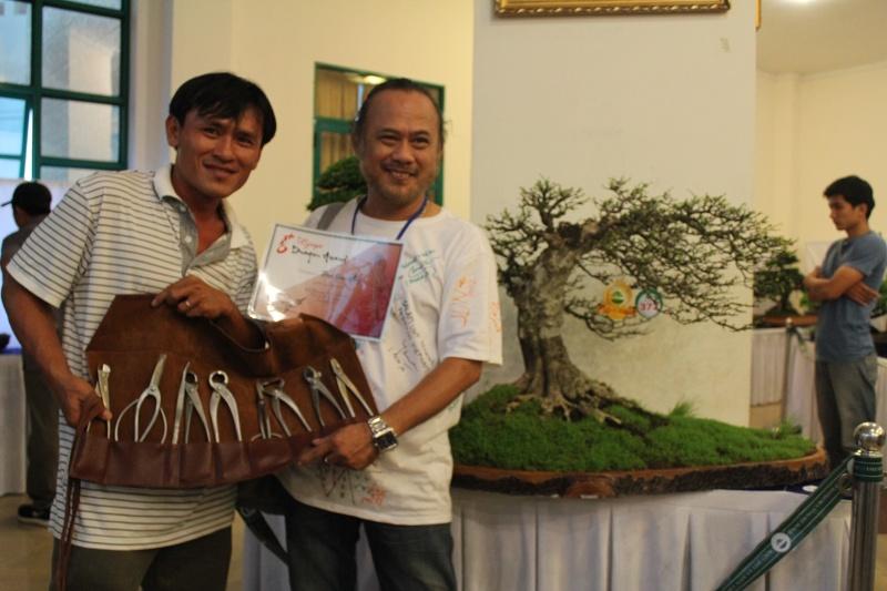 Vietnam International bonsai show - Page 2 Img_3513
