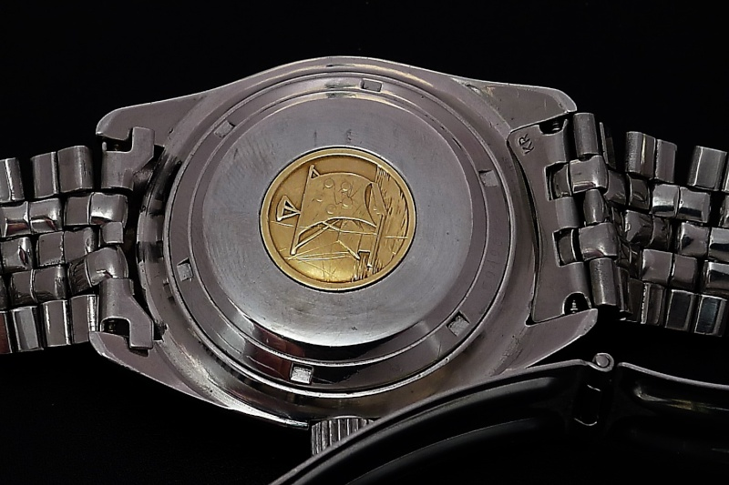 plongeuse Vintage Eterna Kontiki MKII 2200€ Kontb210