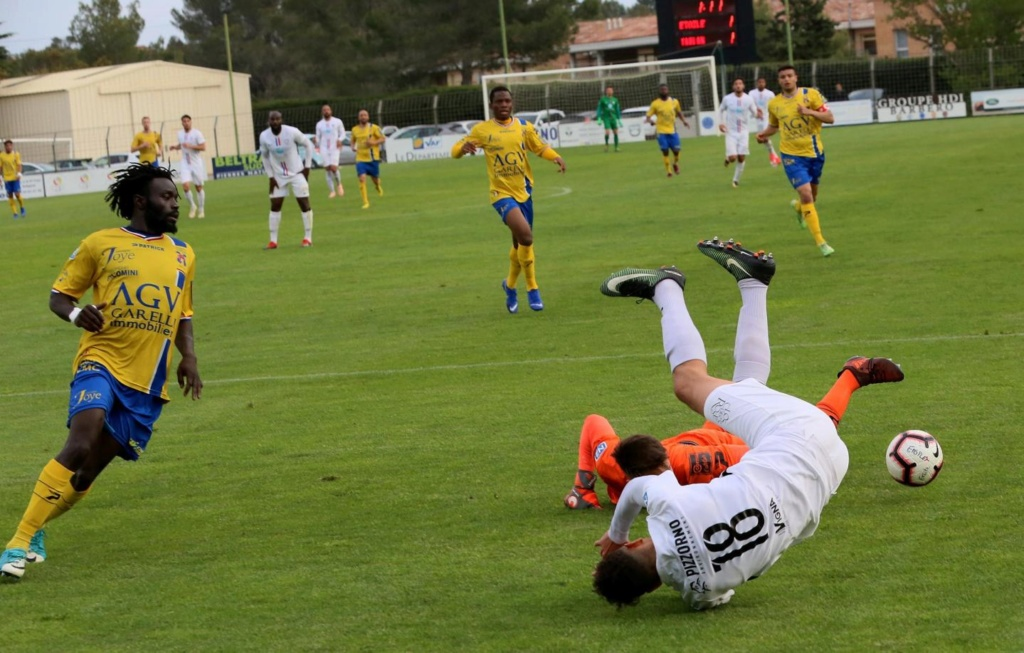 l'Etoile FC Fréjus Saint-Raphaël -Toulon 1-8810