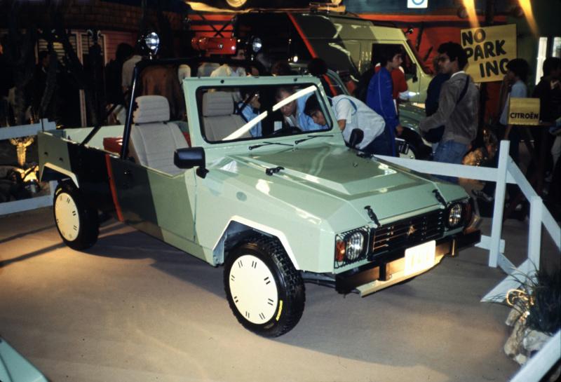 "Citroën  ""Aventure""  2CV VISA MEHARI A4X4  ACADIANE  C25  Leroy-70"
