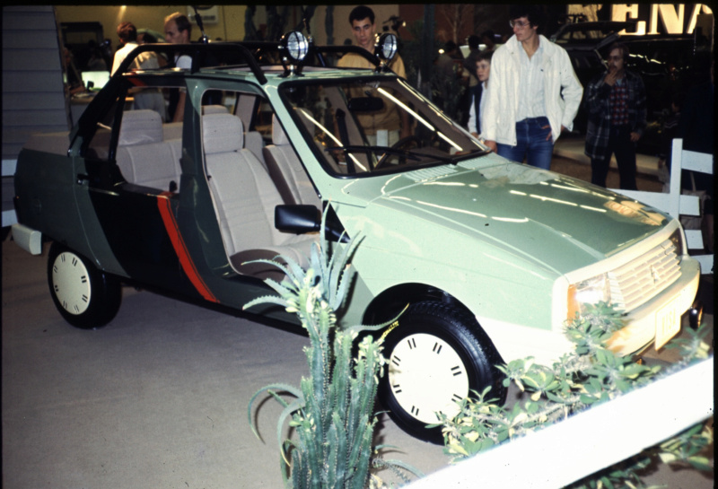 "Citroën  ""Aventure""  2CV VISA MEHARI A4X4  ACADIANE  C25  Leroy-75"