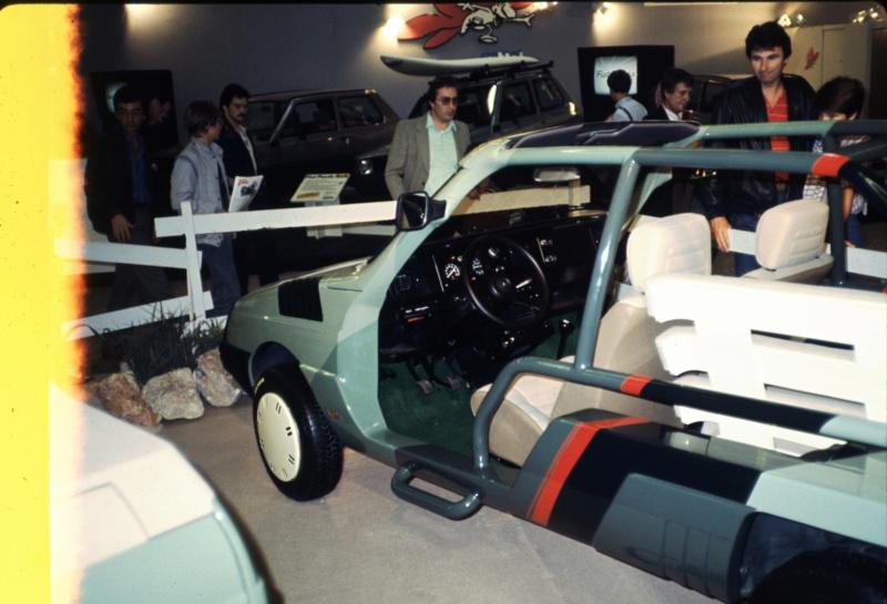 "Citroën  ""Aventure""  2CV VISA MEHARI A4X4  ACADIANE  C25  Leroy-77"