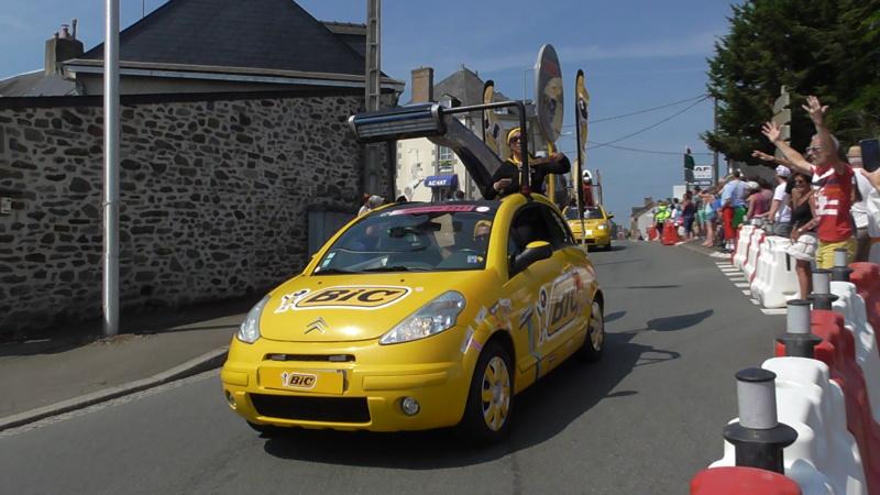 TOUR DE FRANCE à Mayenne (53) S3840011