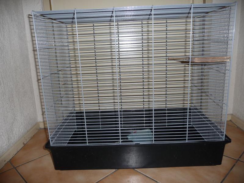 [marseille] a vendre plusieurs cages  P1020710