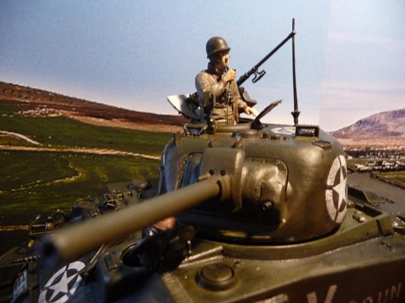 """SHERMAN M4A4  """" VERDUN"""" qui vient de décheniller!... P1040716"""