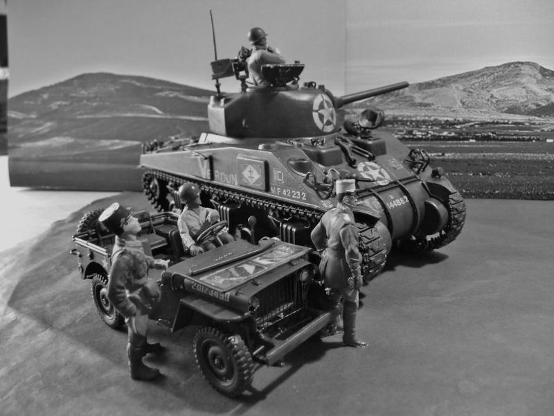 """SHERMAN M4A4  """" VERDUN"""" qui vient de décheniller!... P1040720"""
