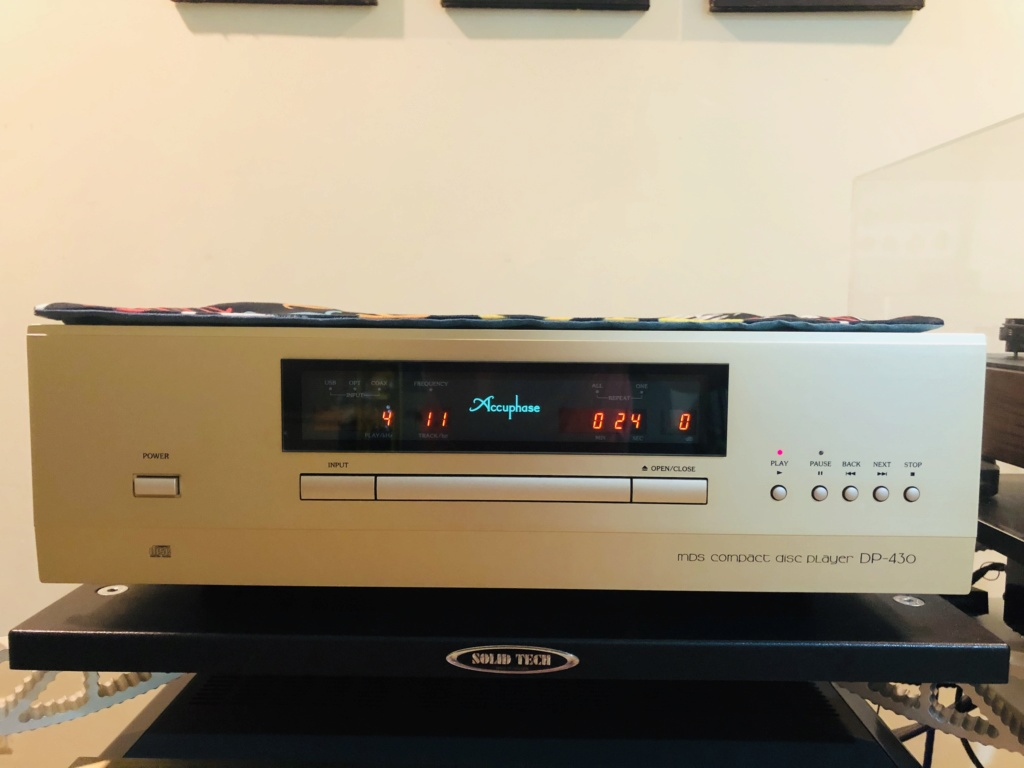 Accuphase MDS Compact Disc player DP430 (+DAC) Img_1410