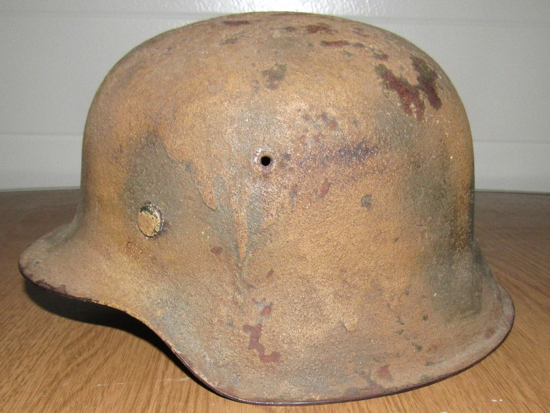 Demande d'authentification casque allemand WW2 00310