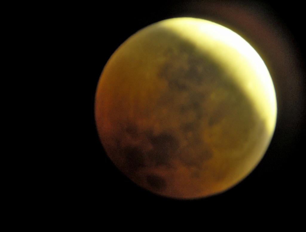 Eclipse totale de Lune - 27 juillet 2018 Hpim1012