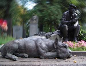 Знаменитости и собаки (фото). Pamyat10