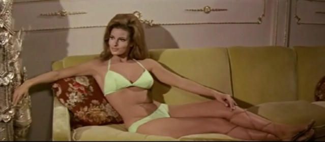 Une super-girl nommée Fathom - Fathom - 1967 - Leslie H. Martinson Capfat10