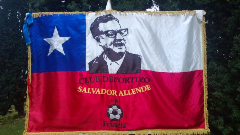 Hommage à Salvador Allende président du Chili renversé il y a 40 ans.  13787410