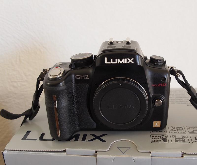 ( VENDU) LUMIX DMC-GH2  ( boitier nu ) P3100411